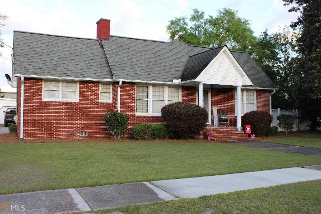 302 Myrtle St S, Wrightsville, 31096, GA - Photo 1 of 12