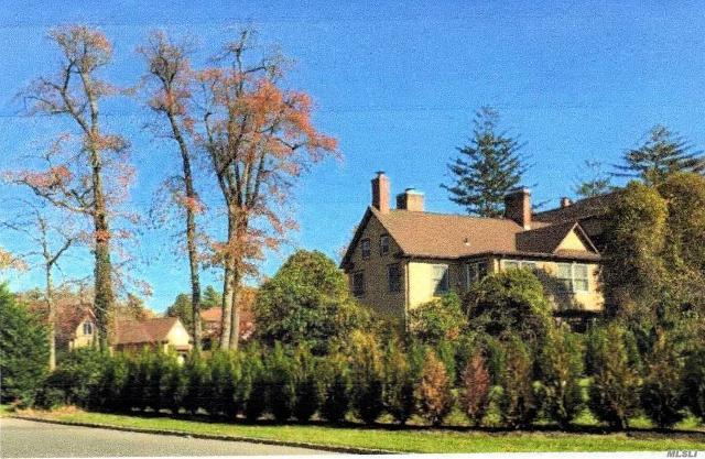 173 Briarwood, Lawrence, 11559, NY - Photo 1 of 19