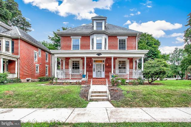 1137 Wilson, Chambersburg, 17201, PA - Photo 1 of 26