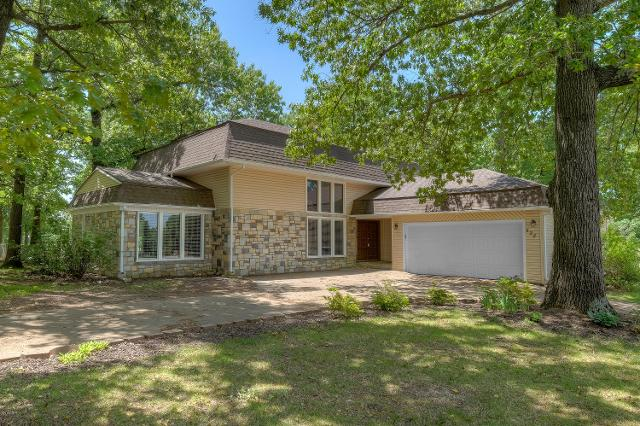222 Fairway Dr, Carl Junction, 64834, MO - Photo 1 of 36