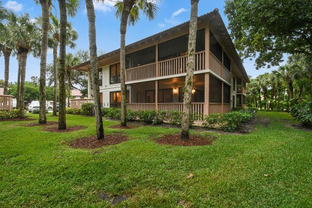 224 Brackenwood Ter, Palm Beach Gardens, 33418, FL - Photo 1 of 47