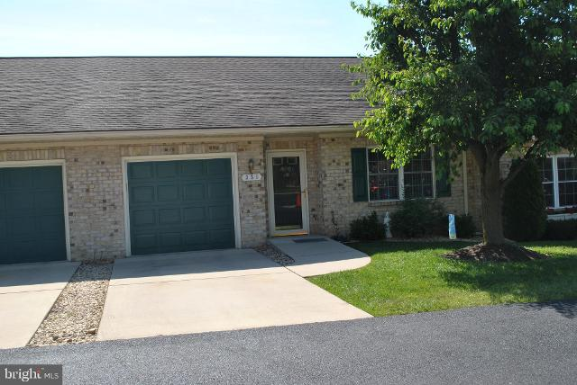 335 Sunbrook Ln Unit 104, Hagerstown, 21742, MD - Photo 1 of 14