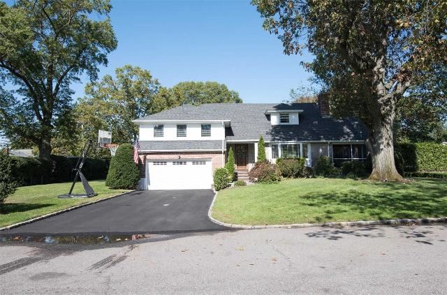 1 Coleman Dr, East Williston, 11596, NY - Photo 1 of 20