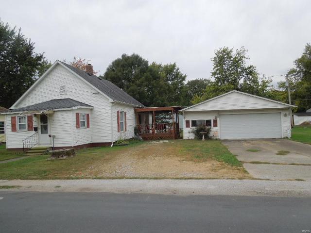 224 Edwards, Nokomis, 62075, IL - Photo 1 of 14