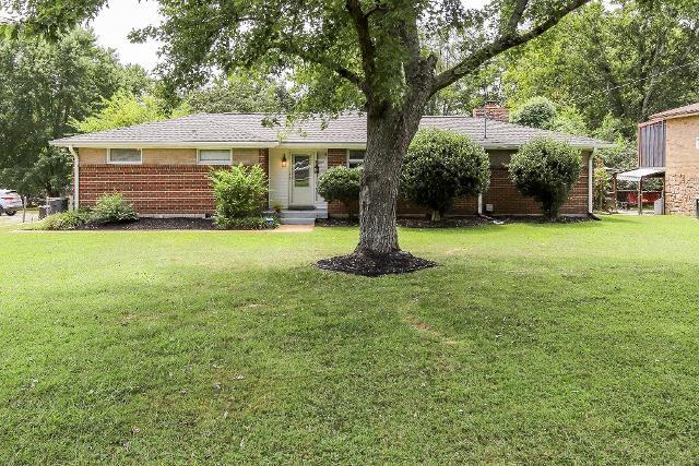 219 Morris, Hendersonville, 37075, TN - Photo 1 of 14
