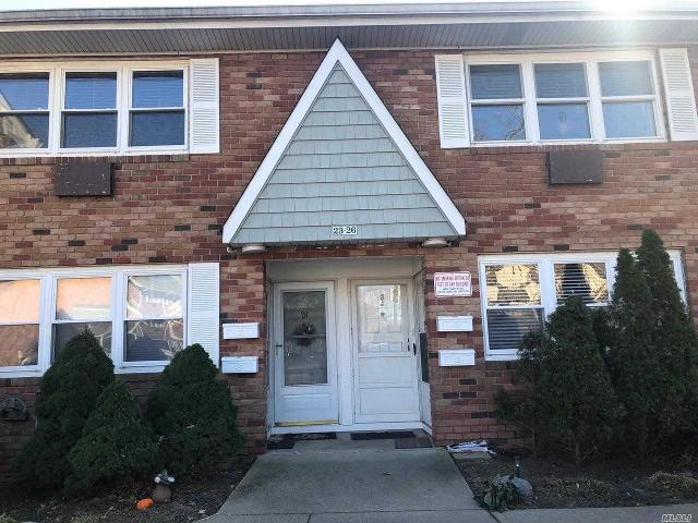100 Connetqout Ave Unit 24, East Islip, 11730, NY - Photo 1 of 16