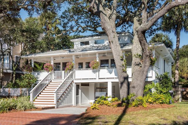 708 W Ashley Ave, Folly Beach, 29439, SC - Photo 1 of 38