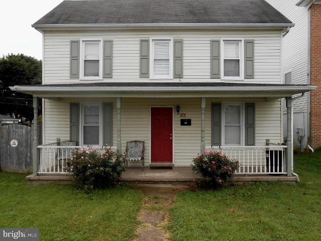 201 Wilson, Hagerstown, 21740, MD - Photo 1 of 19