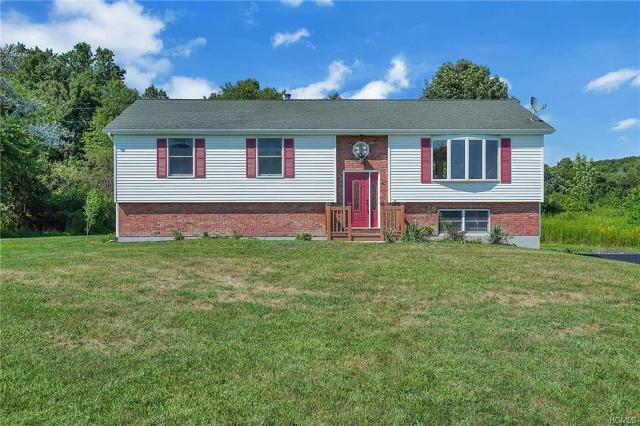 117 Quaker, Wallkill, 12589, NY - Photo 1 of 36