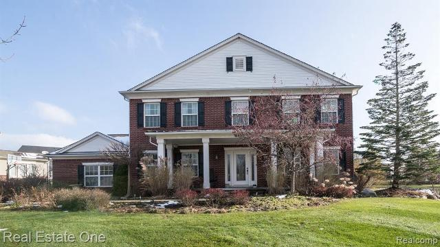 4433 Carriage Hill Ct, Rochester, 48306, MI - Photo 1 of 78