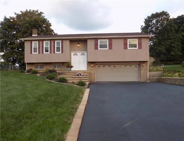 724 Courtview, Greensburg, 15601, PA - Photo 1 of 13