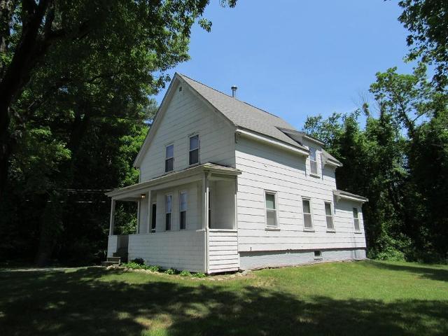 914 Oak St, Brockton, 02301, MA - Photo 1 of 28