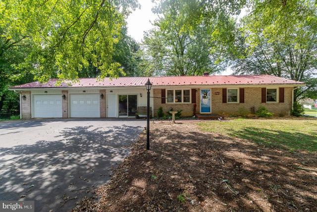 844 Knob Hill, Fayetteville, 17222, PA - Photo 1 of 39