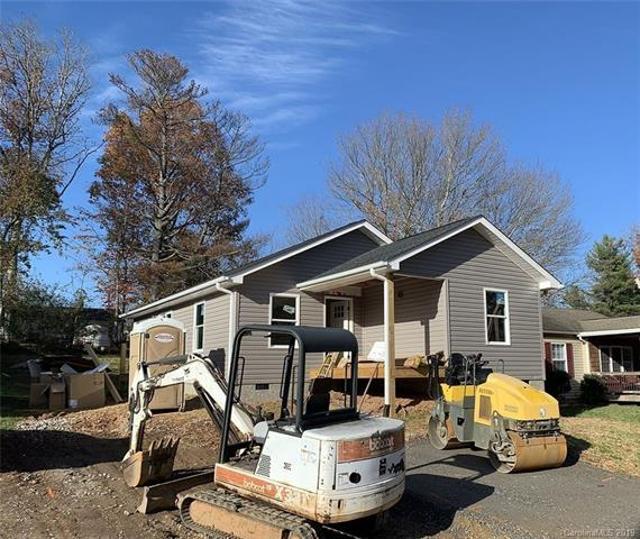 20 Park Lane Ave, Asheville, 28806, NC - Photo 1 of 6