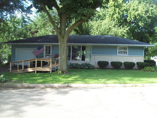 107 Crestview, Walnut, 61376, IL - Photo 1 of 18
