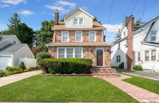 105 Leverich, Hempstead, 11550, NY - Photo 1 of 19