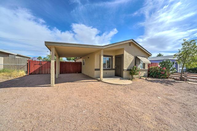 611 S Main Dr, Apache Junction, 85120, AZ - Photo 1 of 24