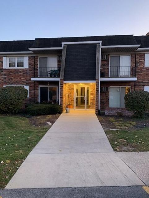 2339 Ogden Ave Unit 2, Downers Grove, 60515, IL - Photo 1 of 7