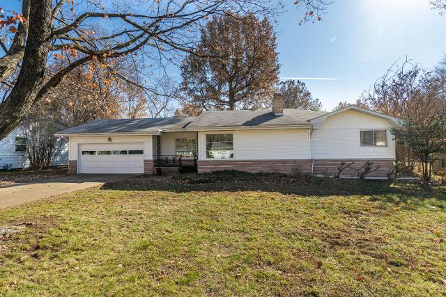 724 N Oak Grove Ave, Springfield, 65802, MO - Photo 1 of 30