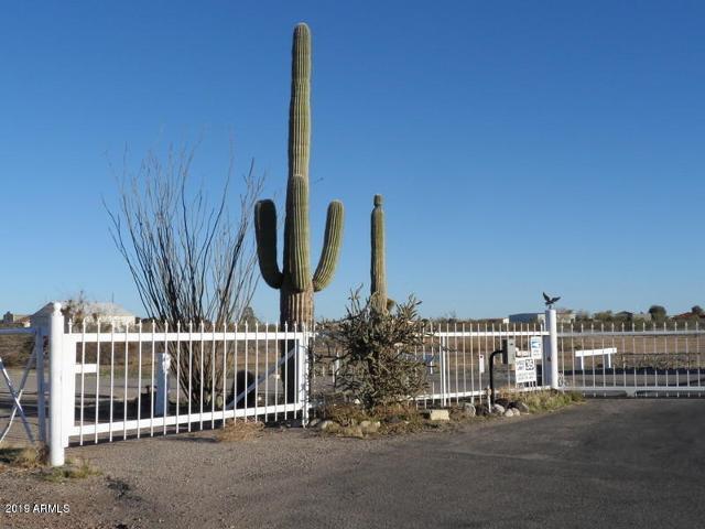 48909 N 513th Ave, Aguila, 85320, AZ - Photo 1 of 16