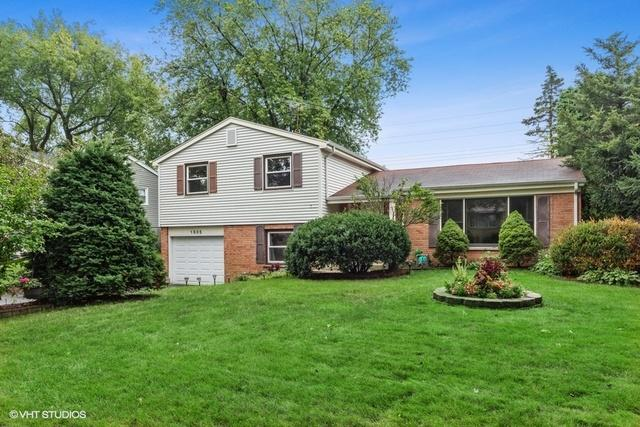 1505 E Rosehill Dr, Arlington Heights, 60004, IL - Photo 1 of 23
