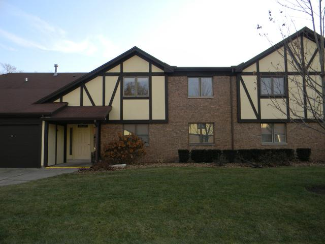303 Carol Ct Unit 303, Balance Of Livingston, 61764, IL - Photo 1 of 13