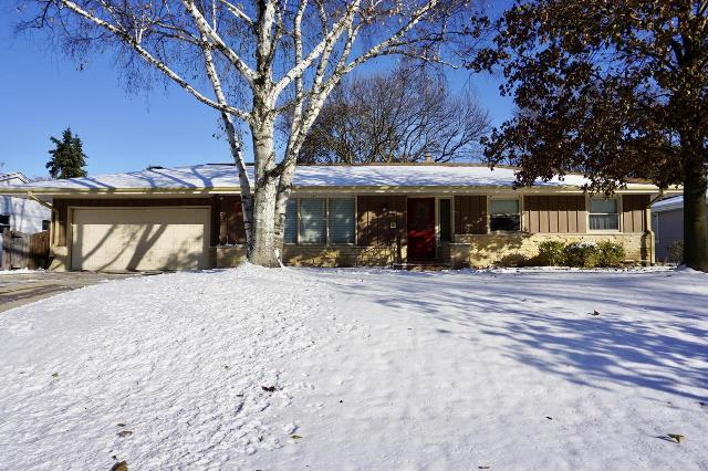 1550 N 119th St, Wauwatosa, 53226, WI - Photo 1 of 37