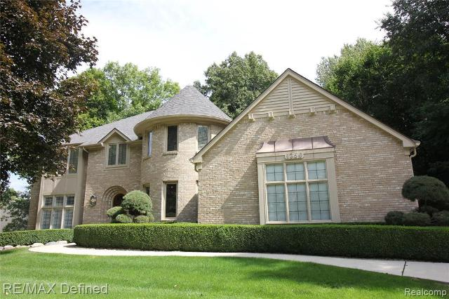 1360 Kingsview, Rochester Hills, 48309, MI - Photo 1 of 27