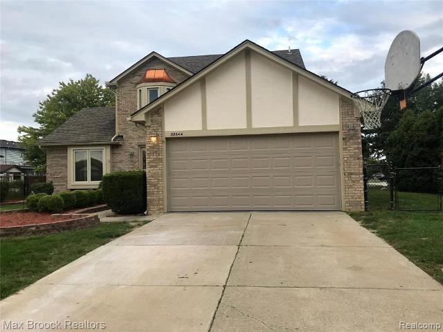 38644 Filly Dr, Sterling Heights, 48310, MI - Photo 1 of 24