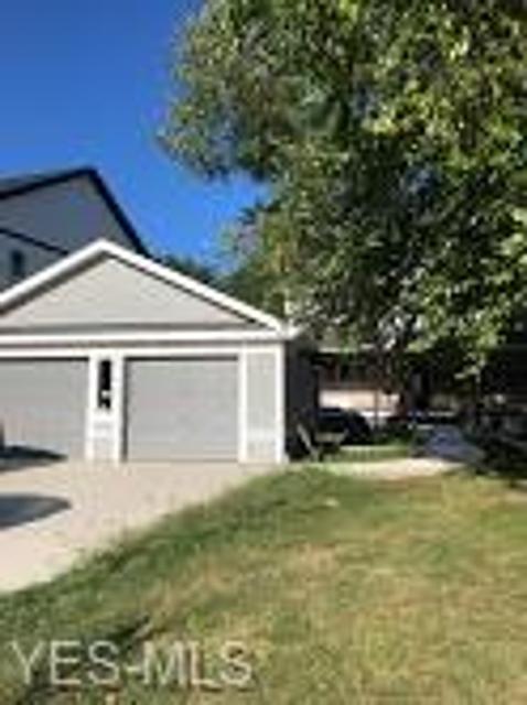 546 Red Oak, Bay Village, 44140, OH - Photo 1 of 2
