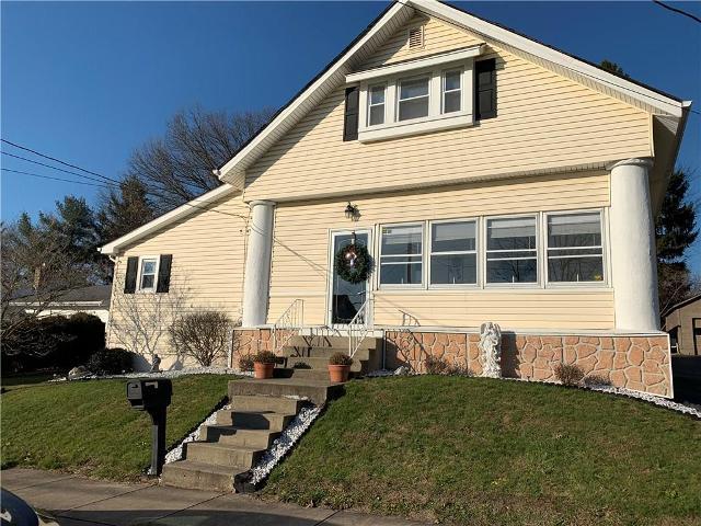 207 E Fairmont Ave, New Castle, 16105, PA - Photo 1 of 25