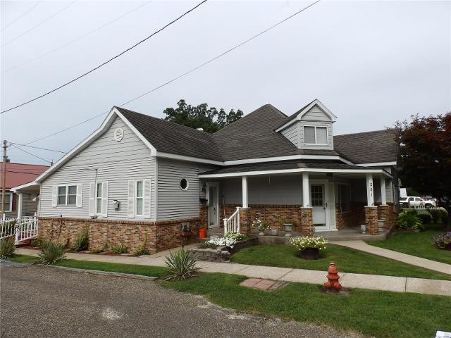 201 Quincy, Pleasant Hill, 62366, IL - Photo 1 of 24
