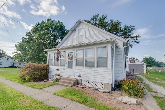 303 Fremont, Jerseyville, 62052, IL - Photo 1 of 25