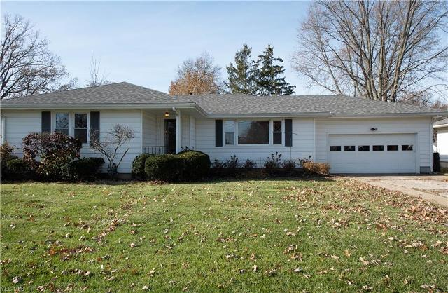 3510 Oxford Dr, Lorain, 44053, OH - Photo 1 of 20