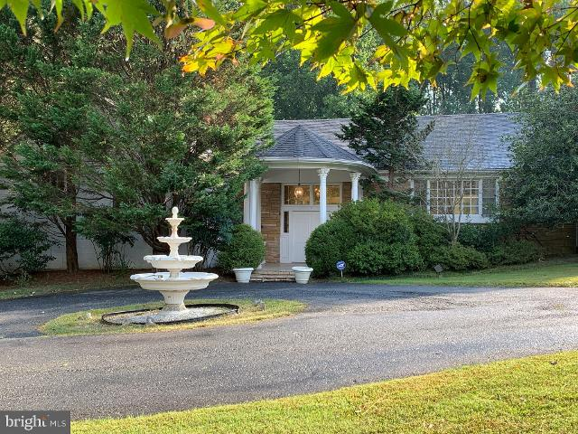 11040 River Rd, Potomac, 20854, MD - Photo 1 of 38