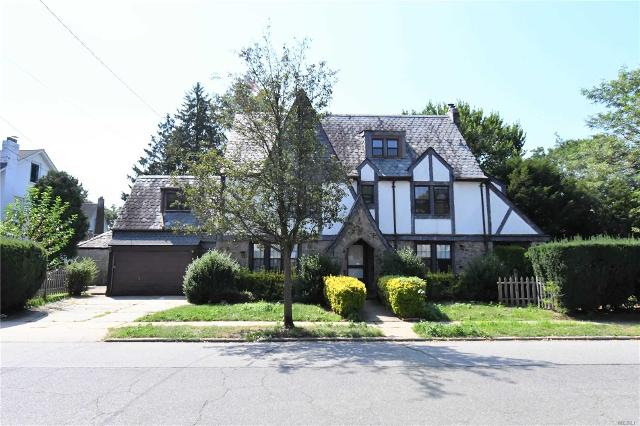 272 Carnation, Floral Park, 11001, NY - Photo 1 of 19
