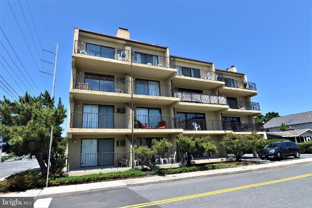 18 69th Unit3, Ocean City, 21842, MD - Photo 1 of 24