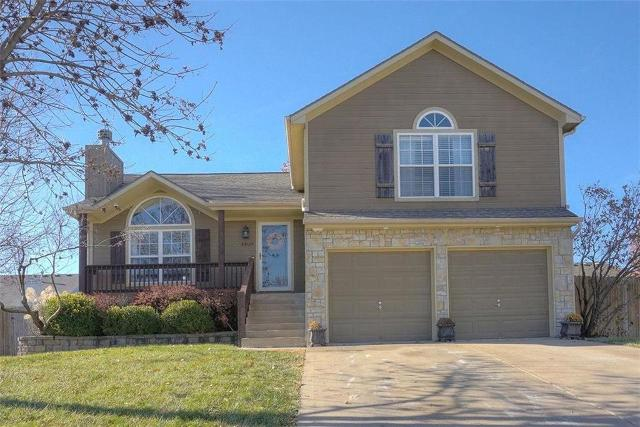 4408 SW Rivulet Dr, Lees Summit, 64082, MO - Photo 1 of 34