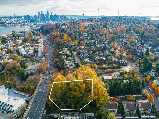 500 Raye St, Seattle, 98119, WA - Photo 1 of 23