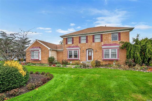 10-12 Dunlop Ct, Commack, 11725, NY - Photo 1 of 20