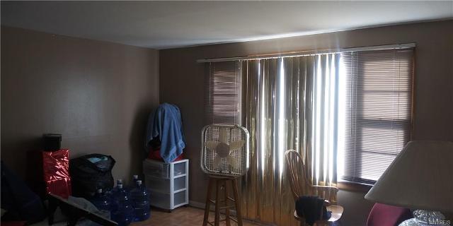 123 Hawthorne, Tonawanda-town, 14223, NY - Photo 1 of 11