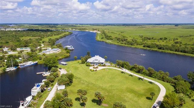 1202 Seminole Cir, Moore Haven, 33471, FL - Photo 1 of 30