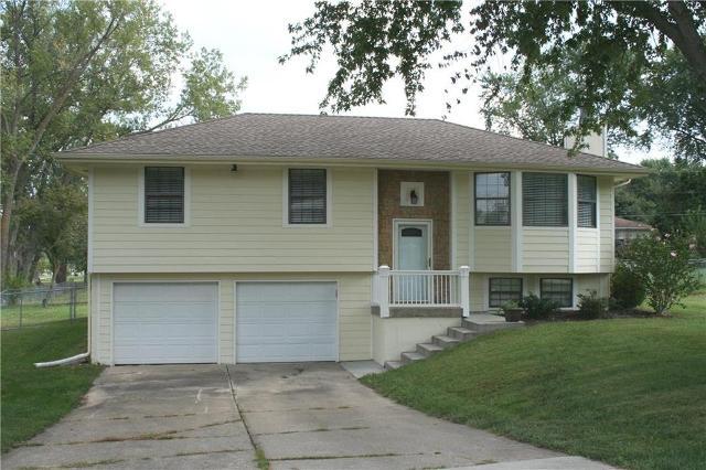 10727 Walnut, Kansas City, 64155, MO - Photo 1 of 27