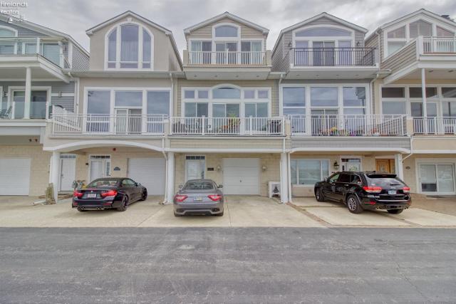 514 Nantucket, Sandusky, 44870, OH - Photo 1 of 24
