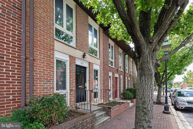 707 Hanover, Baltimore, 21230, MD - Photo 1 of 33