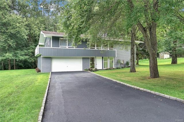 8 Southgate, Cortlandt Manor, 10567, NY - Photo 1 of 31