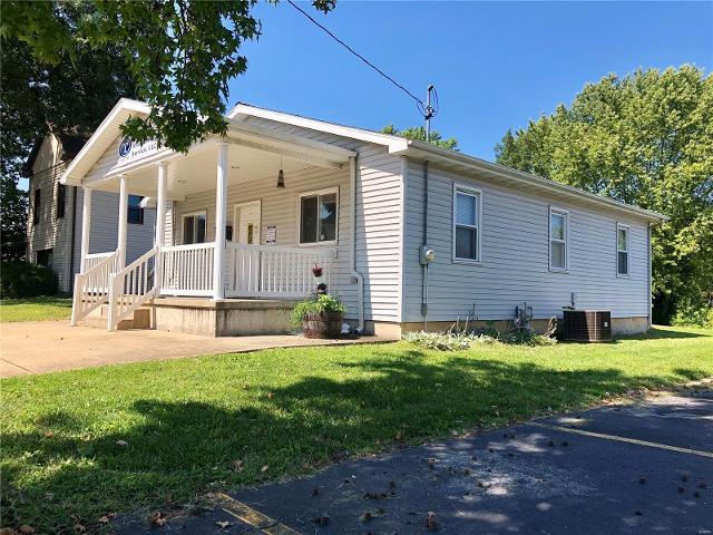 303 Dearborn, Hillsboro, 62049, IL - Photo 1 of 16