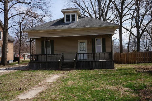 803 Main St, Pleasant Hill, 62366, IL - Photo 1 of 4