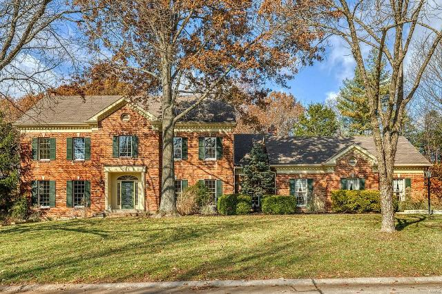 915 Arlington Oaks Ter, Town And Country, 63017, MO - Photo 1 of 62