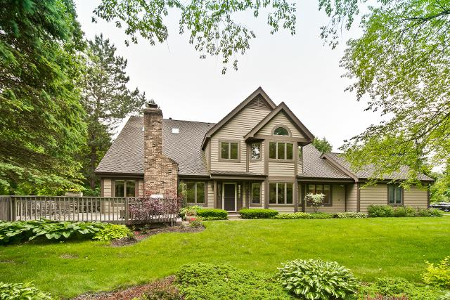 1927 Forest Creek, Libertyville, 60048, IL - Photo 1 of 31